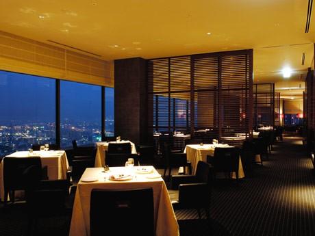 ペアディナーを提供するレストラン&バー「Level 36」