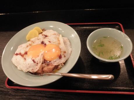 愛媛県今治市のB級グルメ「焼き豚玉子飯」