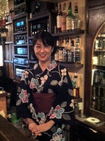 神戸を拠点に活動するソプラノ歌手・深川和美さん