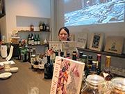 神戸・元町に「書庫バー」-アート・デザイン系の書籍ズラリ
