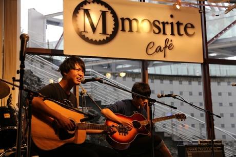 富士通テン軽音楽部によるチャリティーライブ「けいおん真夏のライブ祭り 2014」が行われた