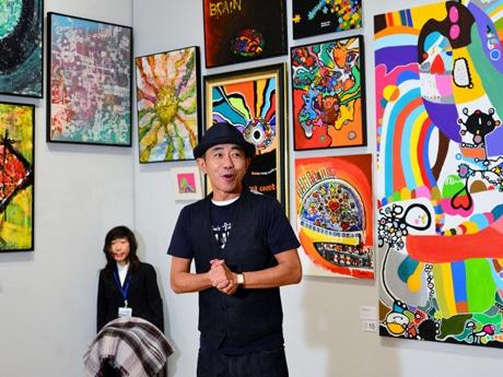 兵庫県立美術館で展覧会を行う木梨憲武さん