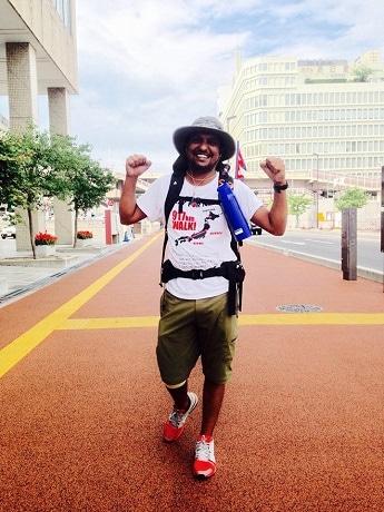 仙台から神戸まで917キロを単独徒歩で縦断中のディリップ・BK・シュナールさん