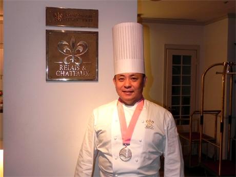「料理マスターズ」ブロンズ賞を受賞した神戸北野ホテル総支配人・総料理長の山口浩さん
