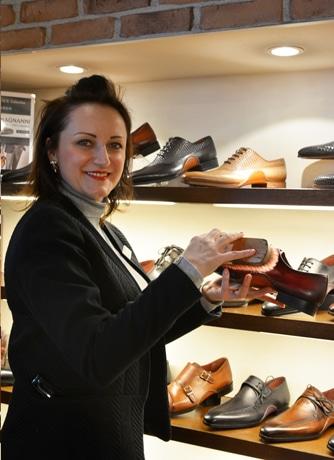 神戸の紳士靴専門店が「生涯靴磨き」無料サービス 全国店舗で