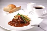 神戸のホテルが人気メニュー「ビーフシチュー」復刻 明治期の味再現