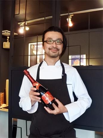 「大人のファミレス」をうたう「dining room hamon(ダイニングルーム ハモン)」オーナーシェフの黒石武伸さん