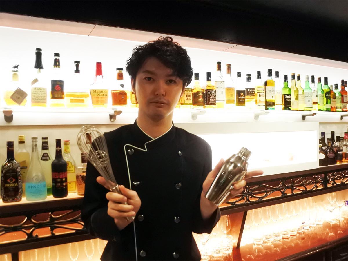 「Sweets & bar Mont Pignon(スイーツバー モンピニョン)」店主でパティシエの松山秀樹さん