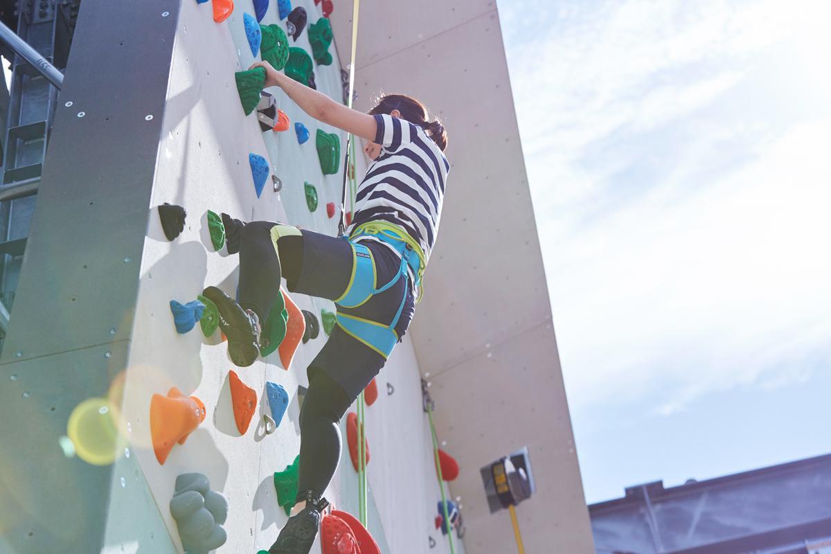 クライミングジム「グラビティリサーチ ミント神戸」がアウトドアブランド「パタゴニア」とのコラボイベント「THE CLIMBER'S DAY 2018」を開催