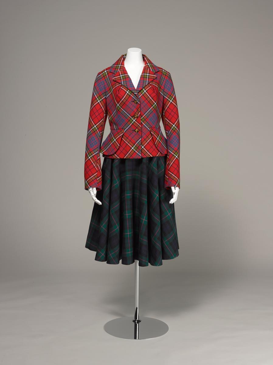 ヴィヴィアン・ウエストウッド タータン・スーツ 1993年 神戸ファッション美術館蔵