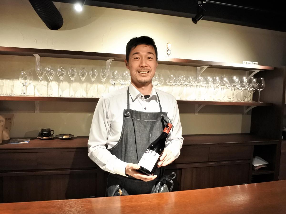 ワインバー「NOUAISON(ヌエゾン)」オーナーソムリエの藤井琢磨さん