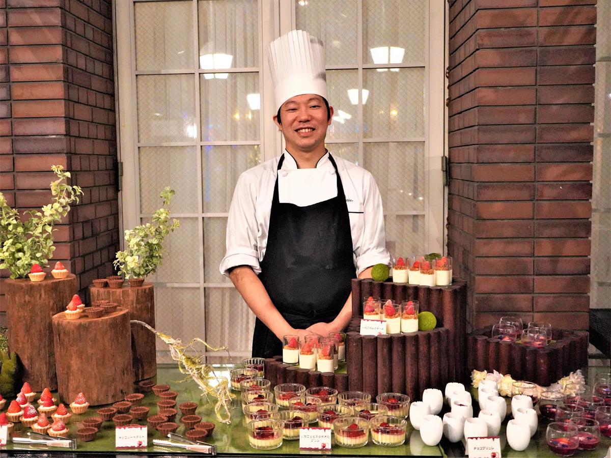 神戸北野ホテルのパティシエ・本部未央さん