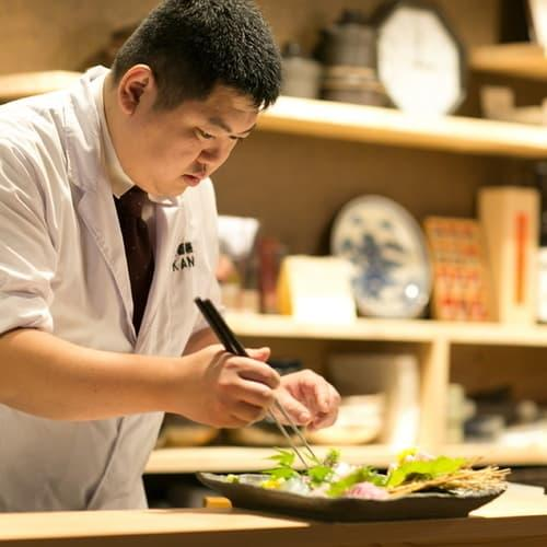 割烹・懐石料理を提供する「和酒膳 寛」店主の伊澤寛樹さん