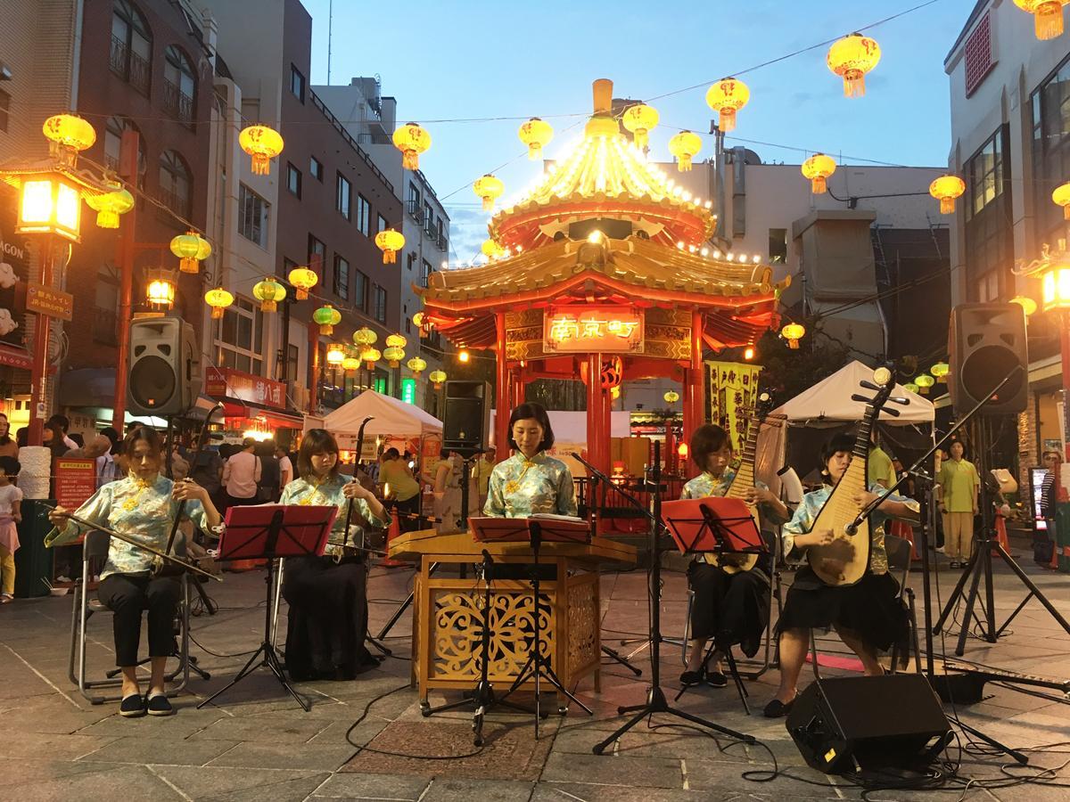 神戸の中華街「南京町」で「第22回中秋節」が行われる。