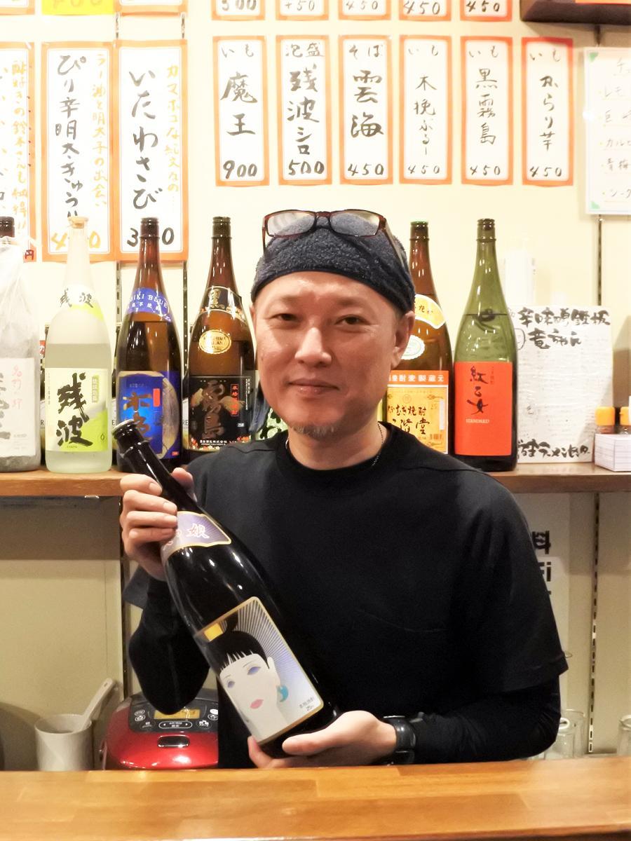 博多のソウルフード「焼肉(鉄板焼き)」を提供する「辛味噌鉄板竜ちゃん」店主の中ノ瀬竜二さん