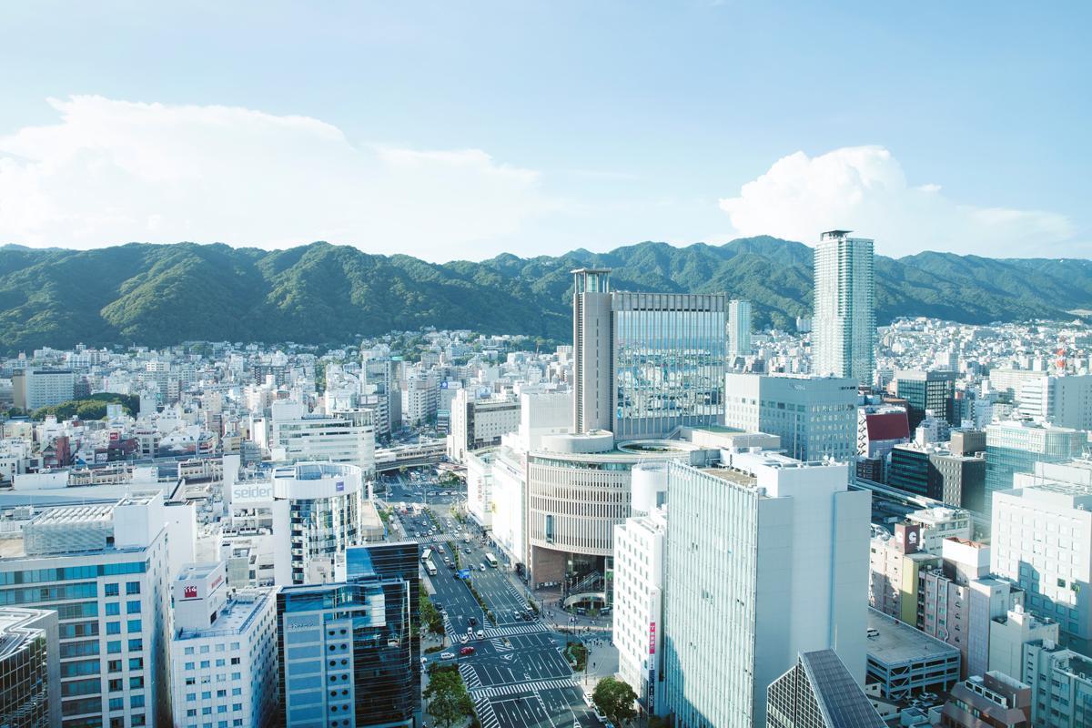 新型コロナウイルスの感染拡大を受けて、神戸市内の商業施設や屋内施設なども対応に追われている。 ©KOBE TOURISM BUREAU