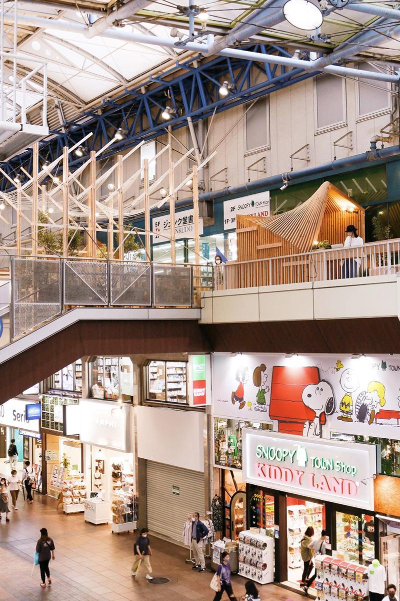 神戸・三宮センター街1丁目商店街3階Dブリッジにある「三F(サンエフ)ストリート・WEST」がリニューアル