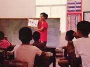 高知の寺で「虹の学校」ミニ写真展 自給自足できる生き方を