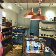 西荻窪に生活日用雑貨店「tsugumi」 オーナー直接買い付けの手仕事品並ぶ