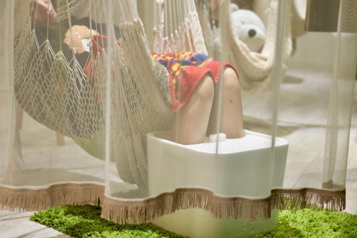 足湯体験の様子