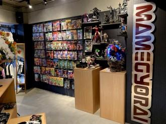 高円寺の「豆魚雷」がリニューアル 「おもちゃ箱」から一新、アパレル拡大でスタイリッシュに