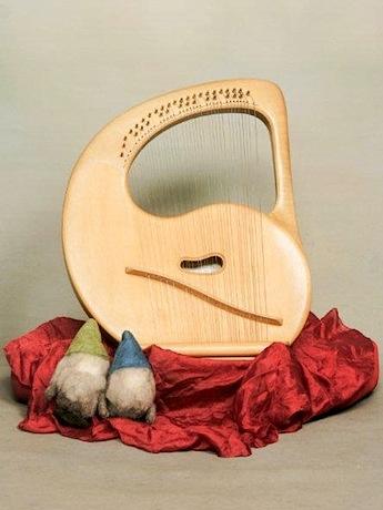竪琴「ライアー」