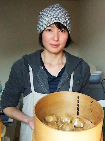 講師の神奈川県綾瀬市にあるみそまんじゅう店「おやつ工房 麻の葉」の石井代表