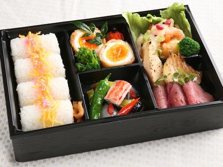 ローストビーフと彩り弁当(1,620円)