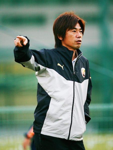 三浦知良選手の兄で、国内外でのサッカー監督経験をもつ三浦泰年さんを招く