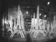 1990年~現在までのエッフェル塔写した「針穴写真」 青葉・寺家スタジオで企画展