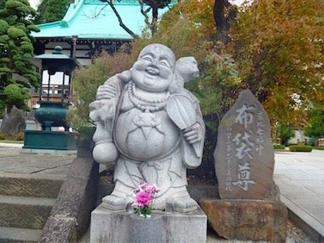 港北区内の各寺で七福神が祭られている。写真は東照寺の恵比寿大神