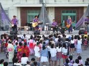横浜・すみれが丘小で恒例の夏祭り フィナーレでは花火大会