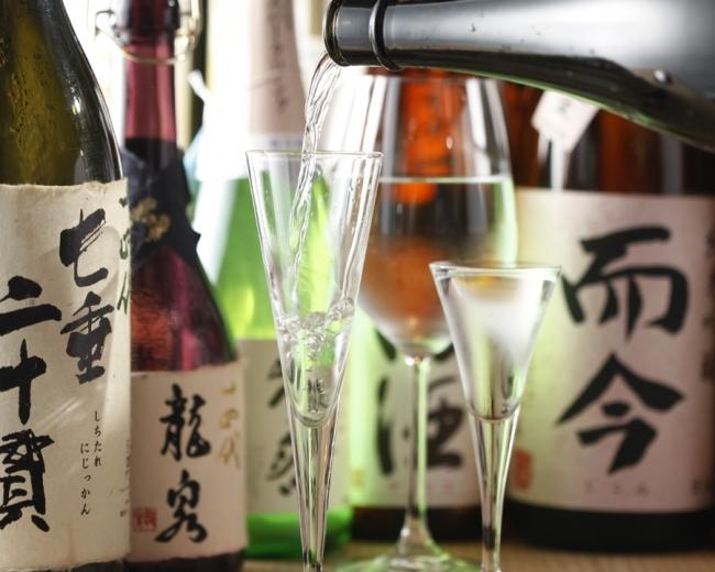 全国の日本酒をそろえる