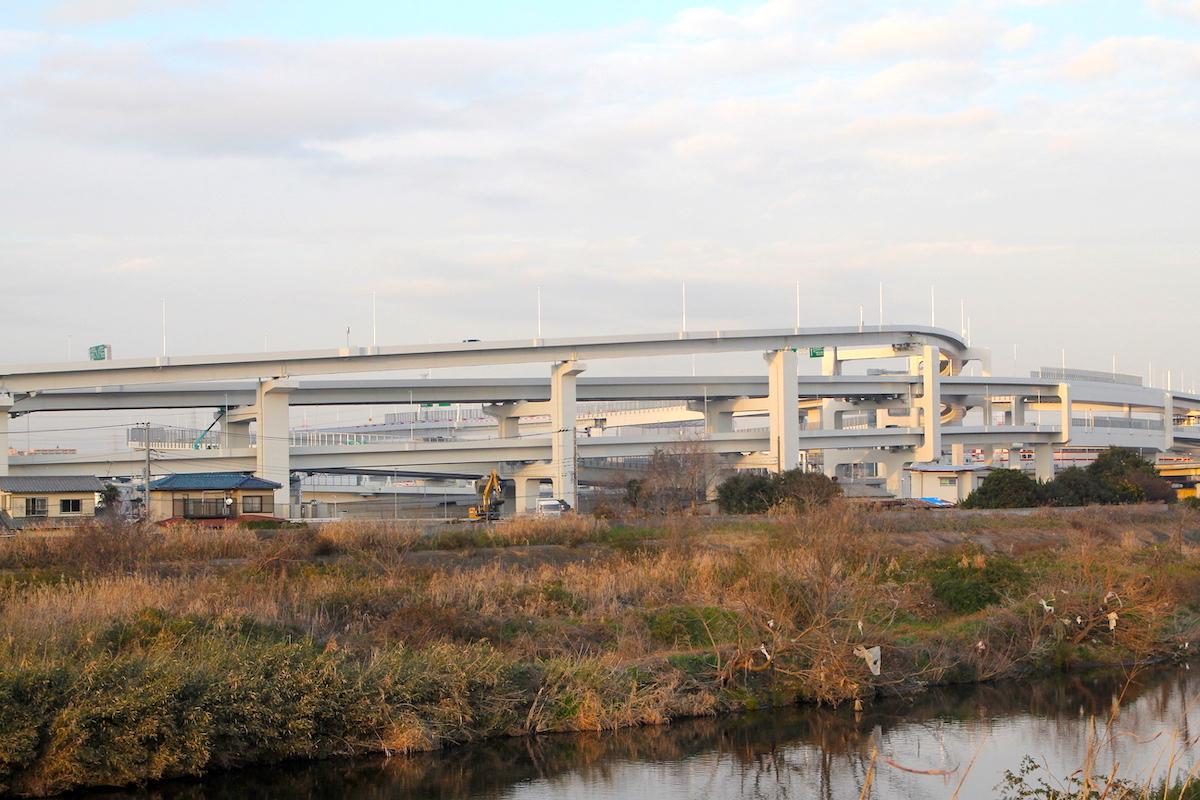 整備中の「横浜港北ジャンクション」付近がゴール