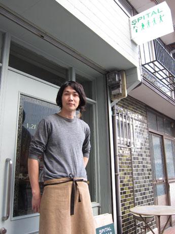 ロンドンのクラブシーンで出会ったアーティストの招聘も行なっている原田さん。