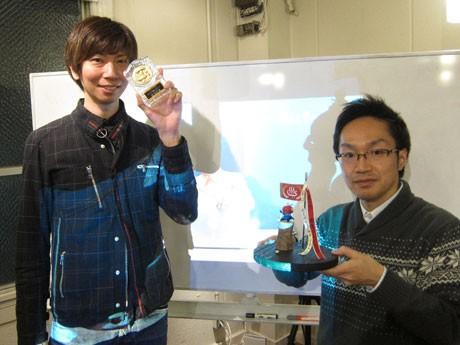 主演した「米倉ボディメンテナンス」の米倉さん(左)と会長の沖田さん。