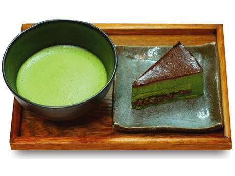 「抹茶ムースケーキセット」(630円)