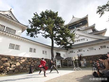 開館式典に伴うアトラクションでは「熊本城おもてなし武将隊」の演舞も行われた