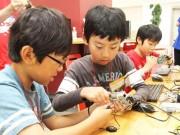 ヤフー北九州センターで小学生向けプログラミング講座「Hack Kids」