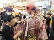 新成人が押し寄せる北九州の貸衣裳店「みやび」 深夜から早朝の着付け作業