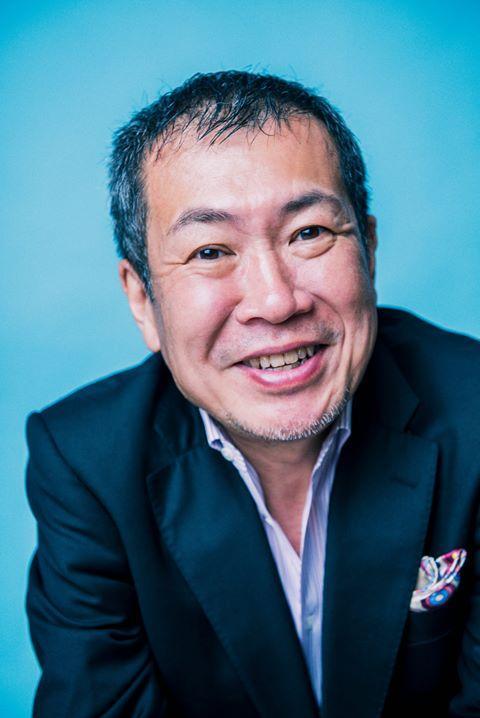 基調講演をするフリージャーナリスト・佐々木俊尚さん