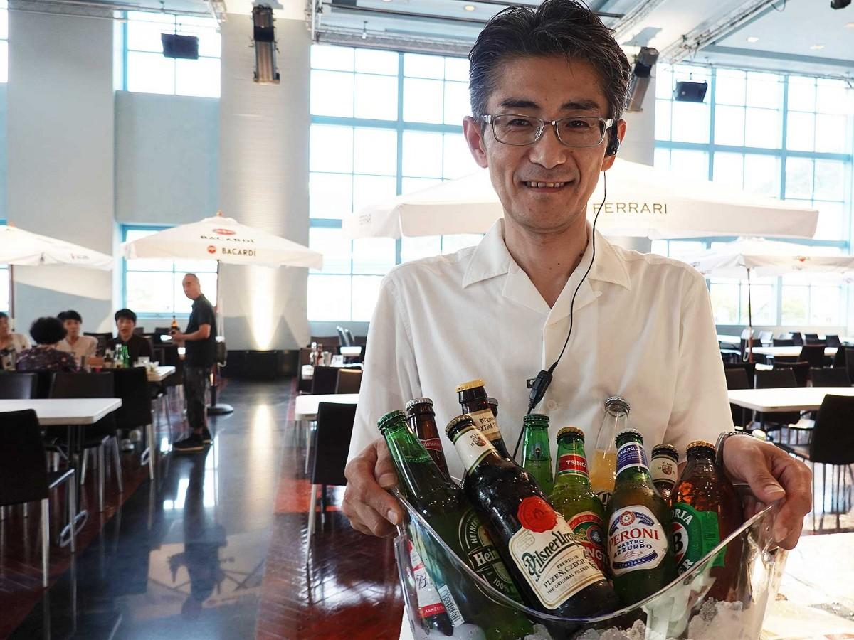 世界のビール10種も時間無制限で飲み放題