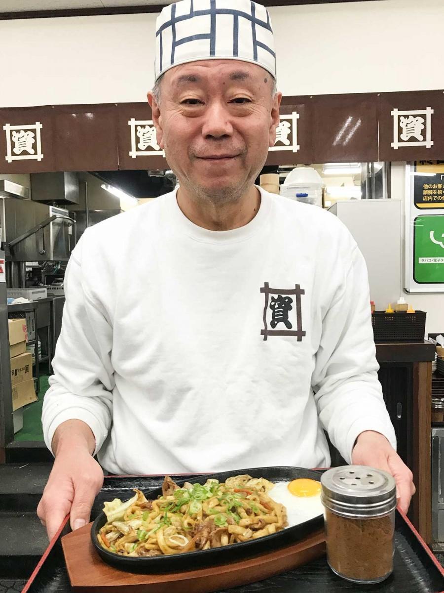 「慣れない調理でまだバタバタしているが、すでに反響が大きい」と杉山店長