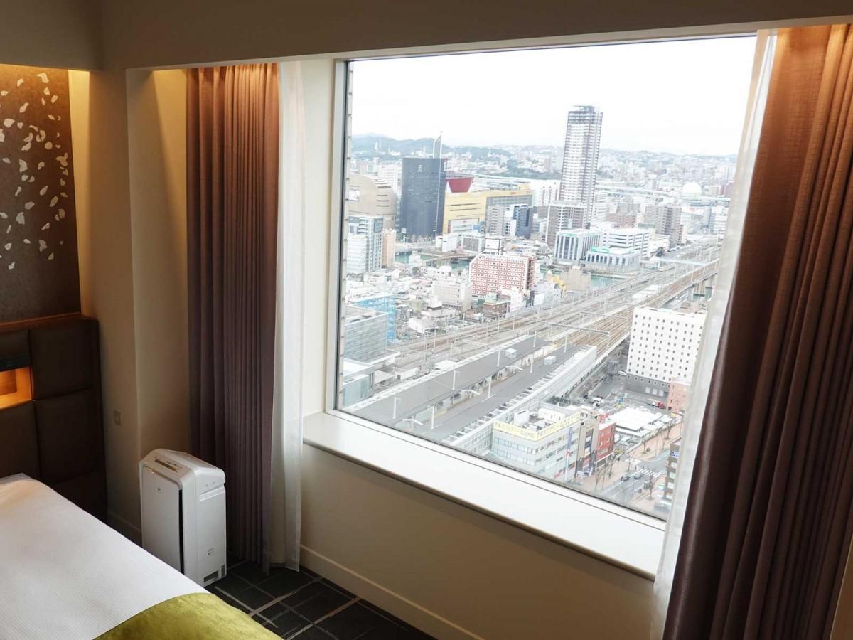 客室窓からの風景(写真は26階からのもの)