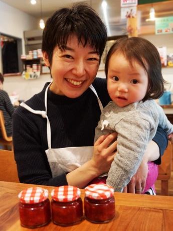 清澄白河のカフェで初の親子料理教室 産直「とちおとめ」でジャム作り