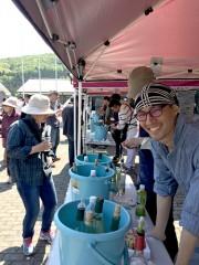 埼玉伝統工芸館でワイン祭 県外ワイナリー出店や有機野菜販売も