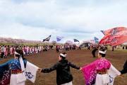 熊谷桜堤で「よさこいイベント」 桜見ながら踊り、地元チームがもてなす