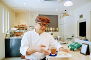 熊谷のチョコレート専門店で「麹甘酒の冷たいショコラ」 夏季限定、テークアウトも