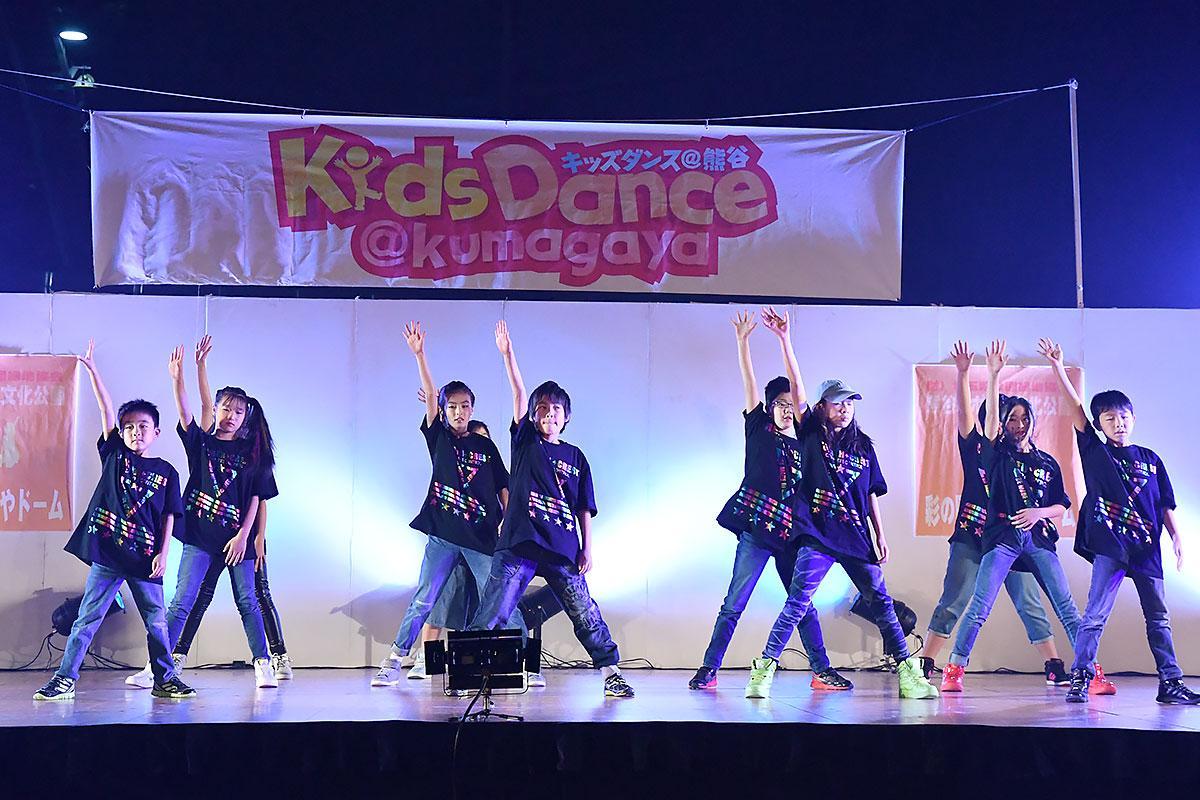 今年はチアダンス35組、ダンスチーム37組が参加(前回の様子)