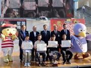 グランプリは「上州牛の炙り釜玉」 全国ご当地うどんサミット、14万人来場